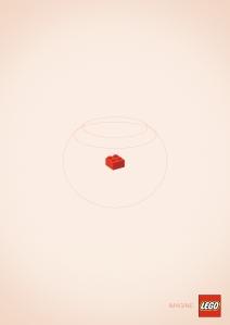 lego-goldfish