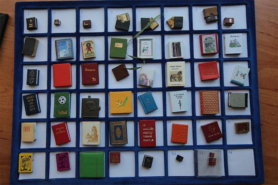 MiniatureBooksCollection1
