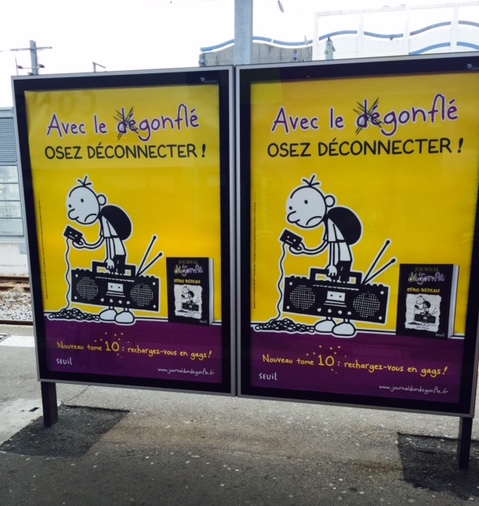 affichage gares_journal d'un dégonflé_Agence Jem